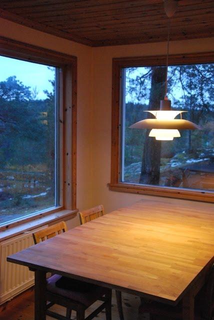 poul henningsen the artichoke 1958 designblog. Black Bedroom Furniture Sets. Home Design Ideas