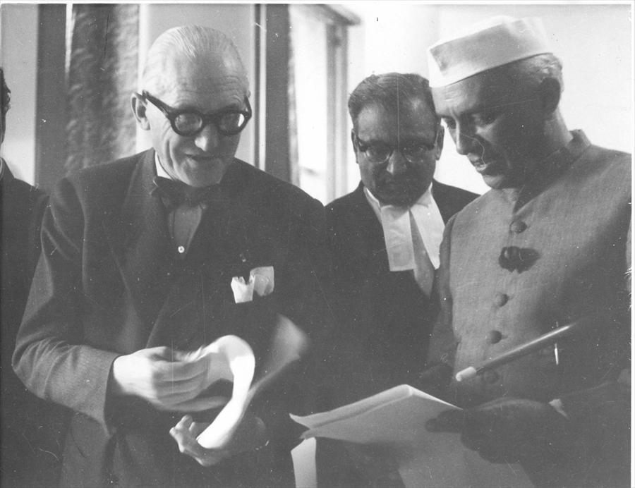 Corbusier-and-Nehru