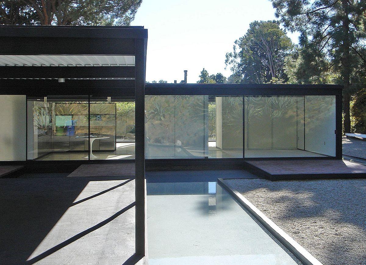 Case Study House #21 by Pierre Koenig
