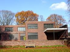 """""""Haus Esters Haus Lange Mies van der Rohe"""""""