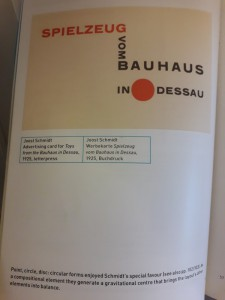 boek typographie van binnen spielzeug